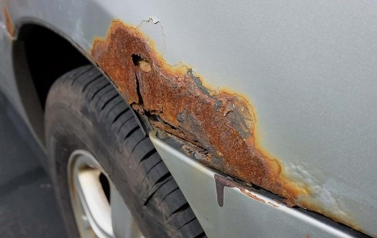 Ржавчина на арках машины
