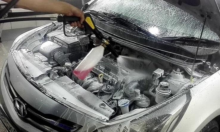 Смазка для защиты электроконтактов в автомобиле