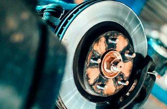 Скрип тормозов при отпускании педали: его причины